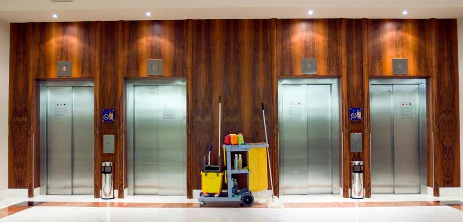 Υπηρεσίες καθαρισμού οικιακών και επαγγελματικών χώρων